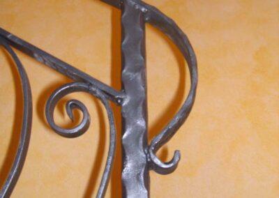 Ringhiera ferro battuto (dettalglio) Scale ferro e acciaio Lavorazione ferro e Acciaio in sardegna- Cappannoni e capriate acciaio Bonifica amianto Nuaova Sismet Srl Sassari Sardegna
