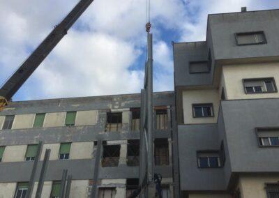 Policlinico Sassarese - Scala di sicurezza antincendio - Lavorazione ferro e Acciaio in sardegna- Scale di sicurezza antincendio - scale in ferro - acciaio Nuova Sismet Srl